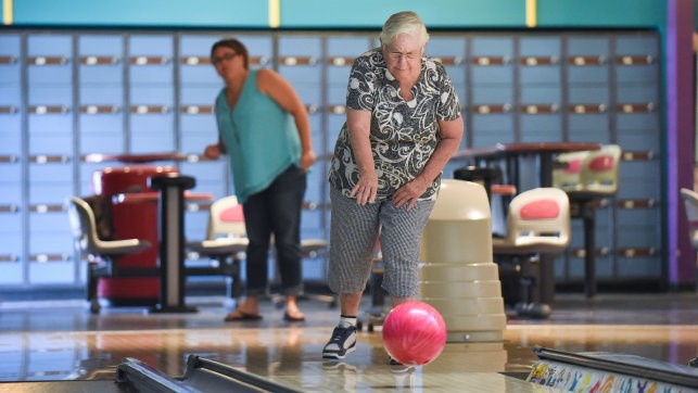 Community Supports Program Bowling